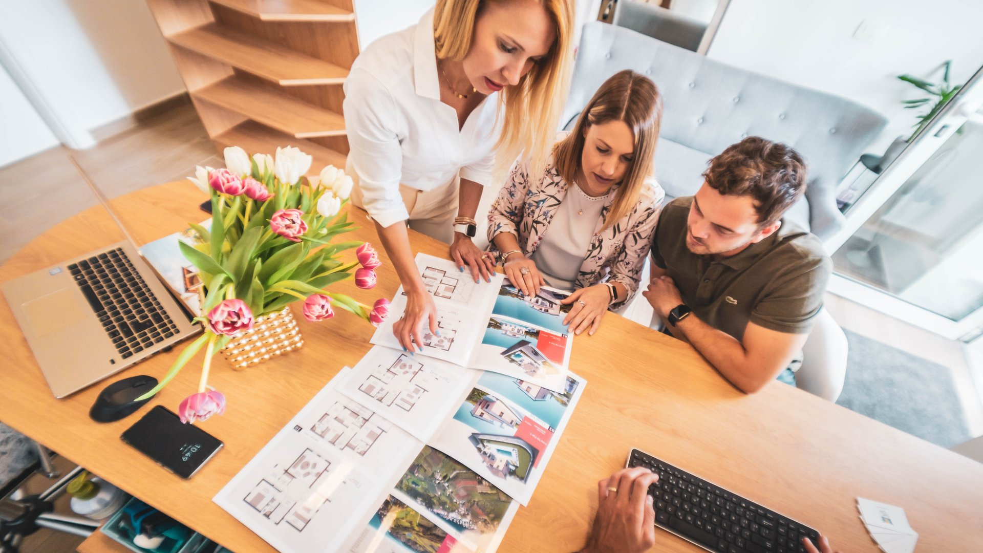An agency knows how to connect the right buyer with the right property