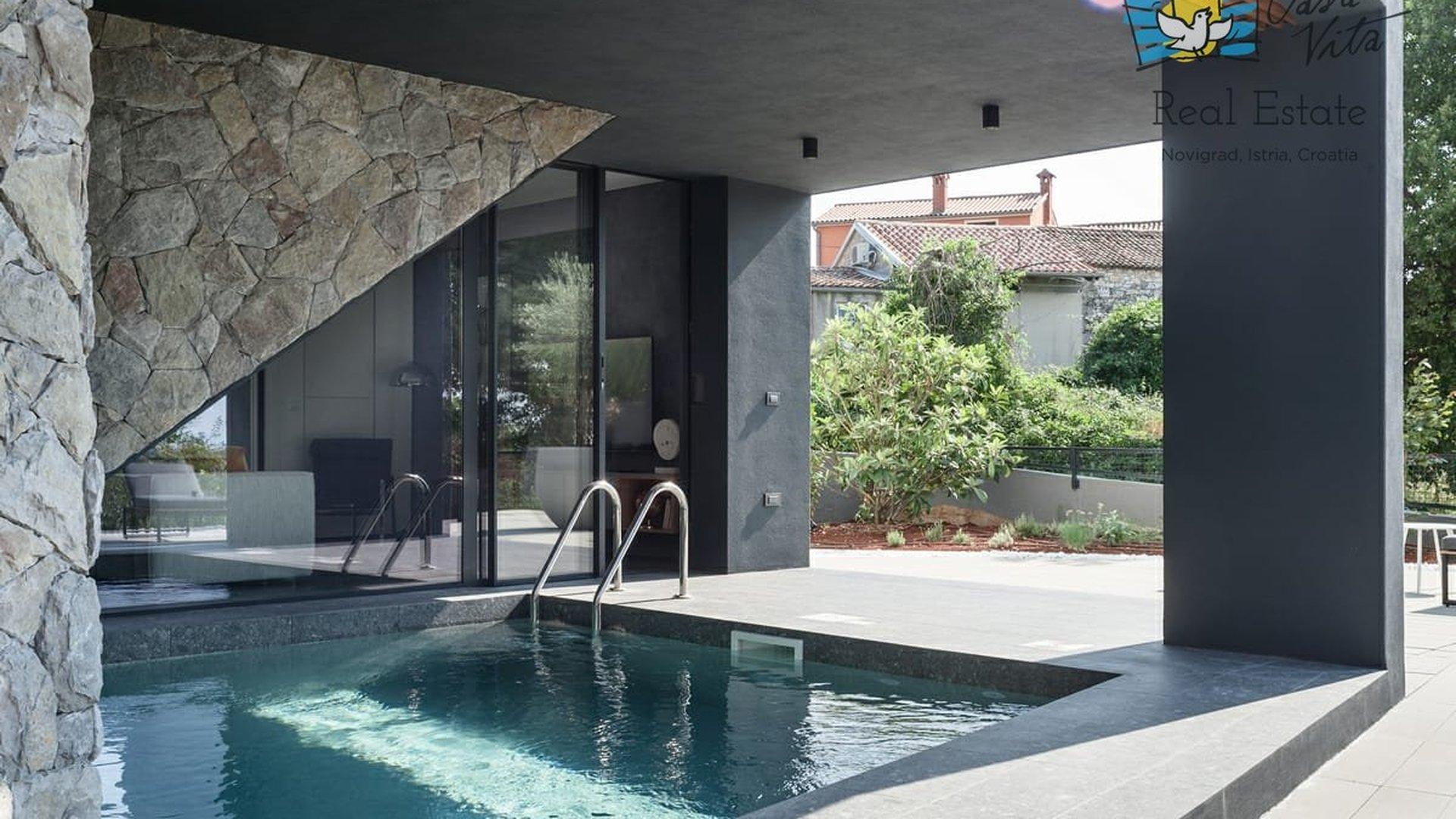 Mit dem Kauf einer Immobilie mit Pool kann man nichts schief machen