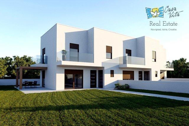 Case in vendita vicino a Parenzo, a 7,5 km dal mare.