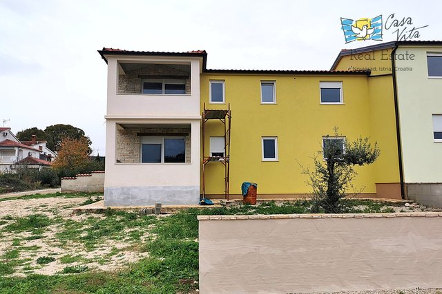 House, 160 m2, For Sale, Poreč