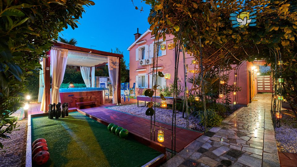Lijepa kuća u okolici Umaga, 5km od mora!