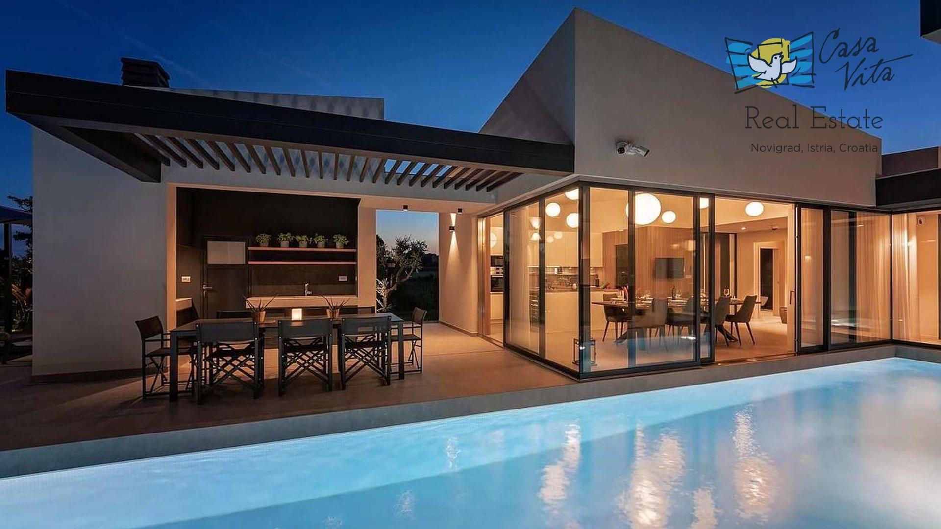 House, 250 m2, For Sale, Poreč