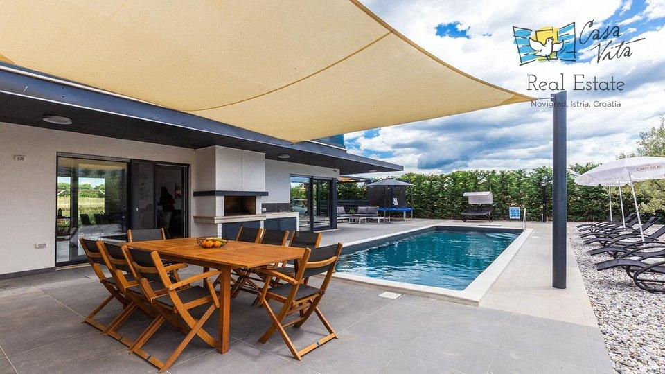 Schöne und moderne Villa 10 km vom Meer und der Stadt Porec entfernt!