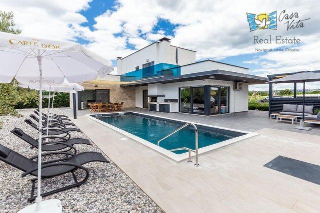 Hiša, 241 m2, Prodaja, Poreč