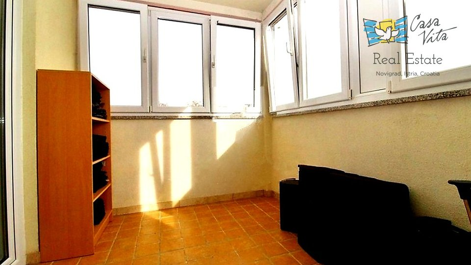 Nice and spacious apartment 250m from the sea and 6 km from Novigrad!