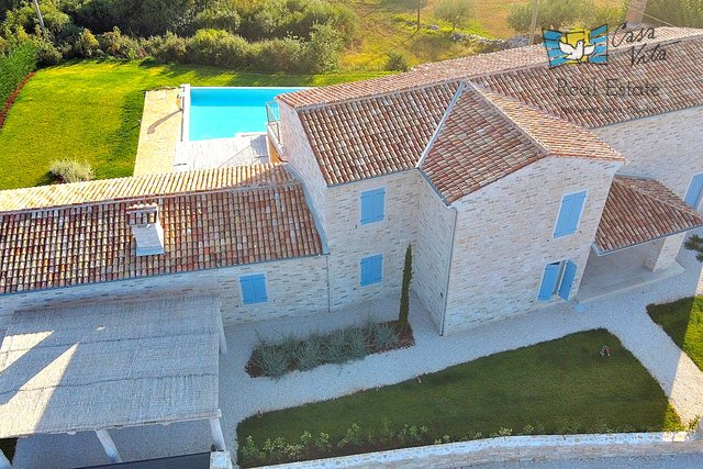 Beautiful villa with panoramic sea views near Rovinj!