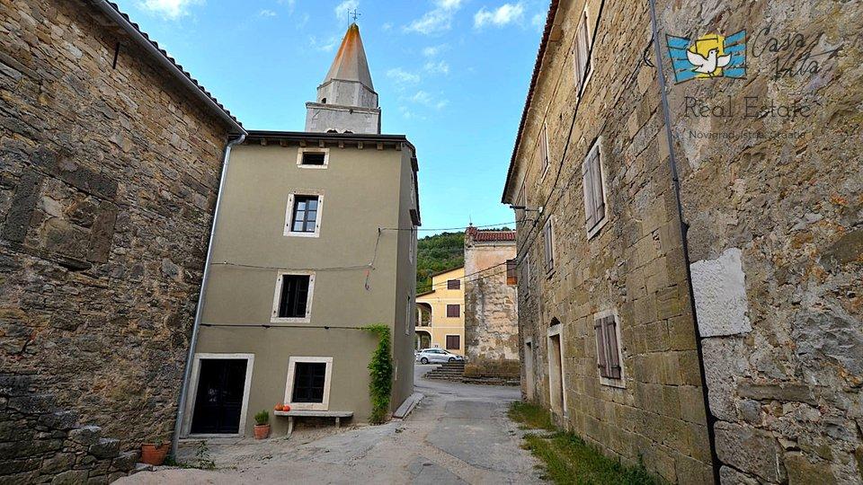 Renoviertes Steinhaus in der Nähe von Grožnjan!