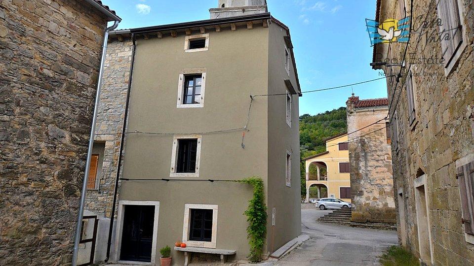 Casa in pietra ristrutturata vicino a Grisignana!