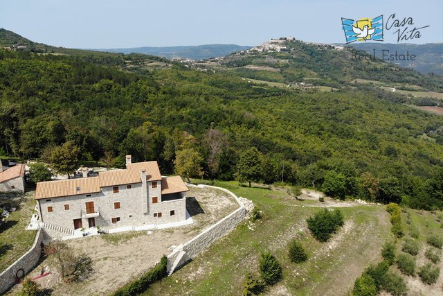 Villa on a beautiful property near Motovun!