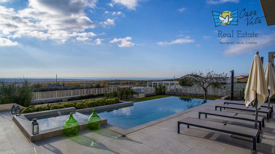 Prekrasna moderna  vila sa predivnim pogledom na more!!