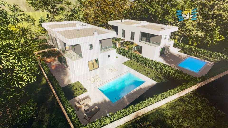 Modern houses under construction 1km from the sea and the city of Poreč!