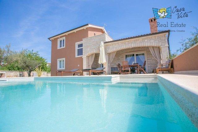 House, 155 m2, For Sale, Poreč