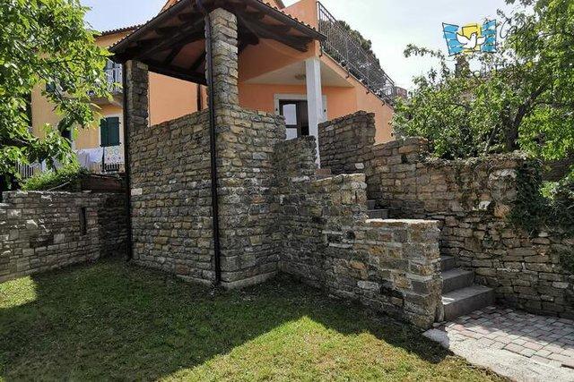 Hiša, 130 m2, Prodaja, Buje - Momjan
