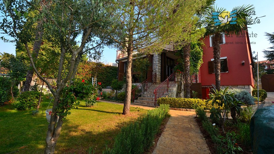 House, 220 m2, For Sale, Novigrad - Dajla