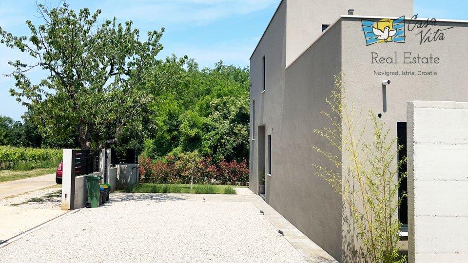 Modern villa near the city of Poreč!