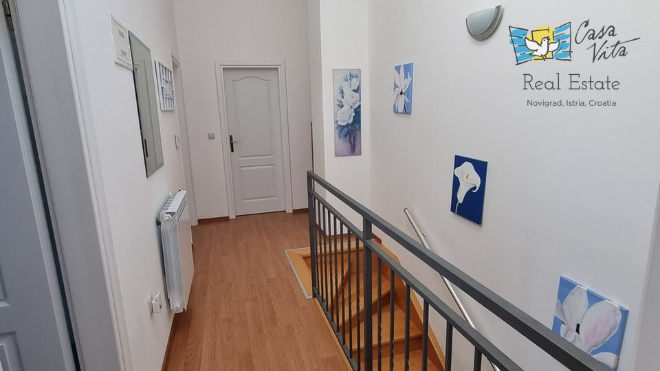 Kuća u nizu krajnja-okolica grada Poreča!