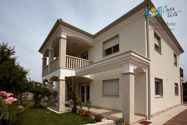 Hiša, 300 m2, Prodaja, Umag