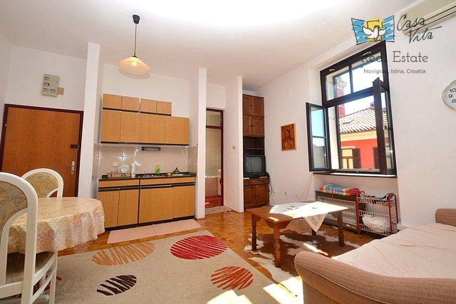 Appartamento a Novigrad in centro, 50m dal mare!