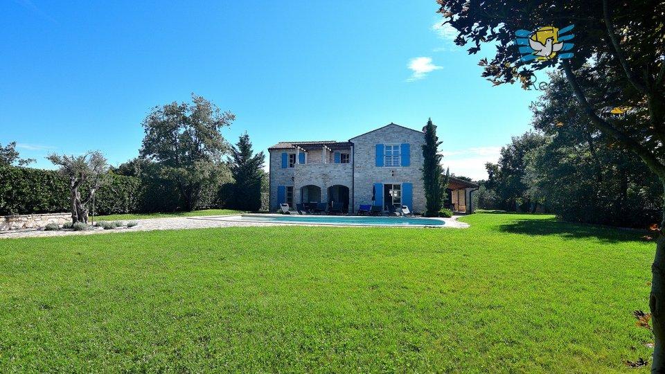 Hiša, 200 m2, Prodaja, Buje - Bibali