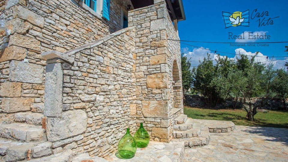Kamena kuća na mirnoj lokaciji, predivan pogled na more
