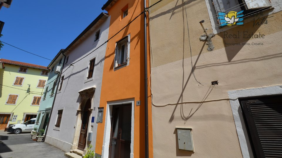 Nice simpatic house in the center of the city!
